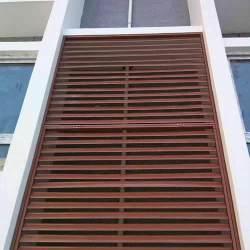 空调室外机百叶窗